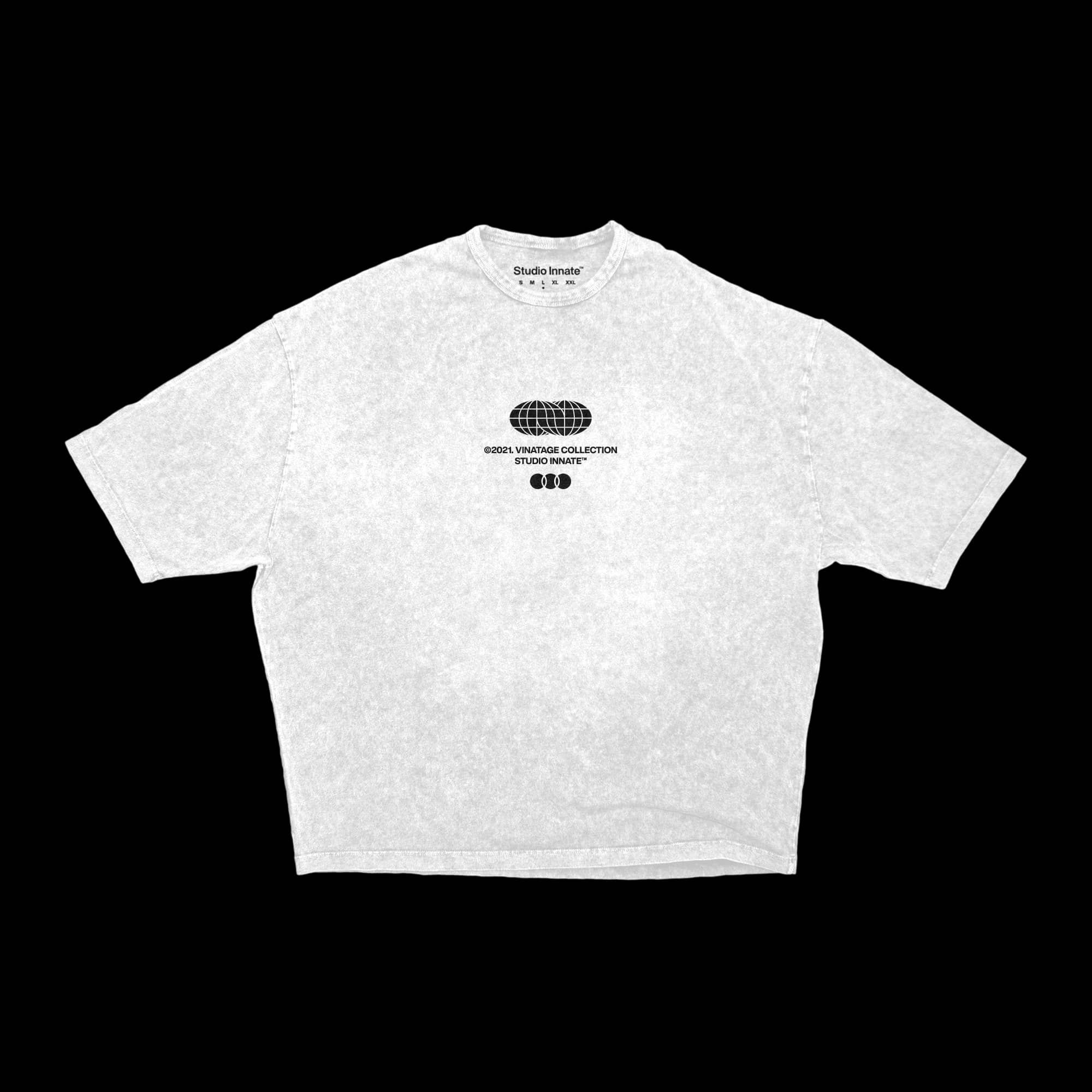Oversized-Vintage_T-shirt-front-white